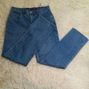 NWT Gloria Vanderbilt Amanda Jeans Size 8P